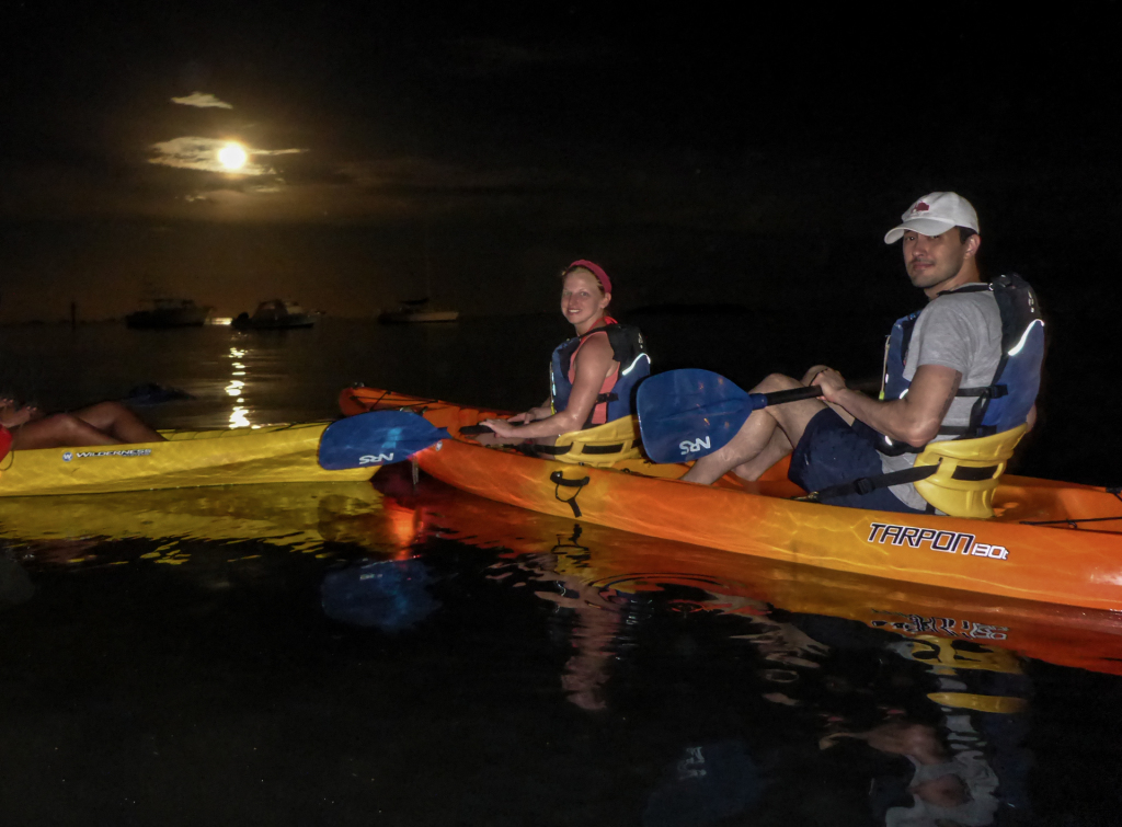 Kayaking-in-Fajardo_full_moon_Puerto-Rico_-2014_Bioluminescent-Bay-Laguna-Grande-in-Las-Croabas_WEB